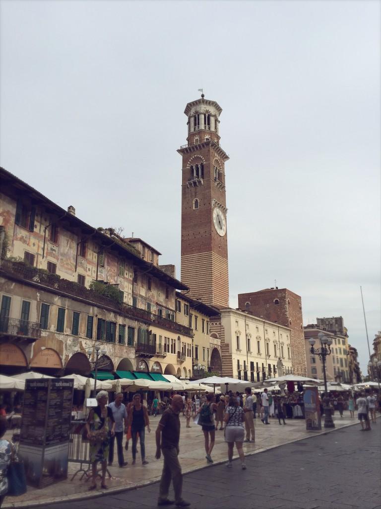 Piazza Erbe, Verona | Julie Fahrenheit