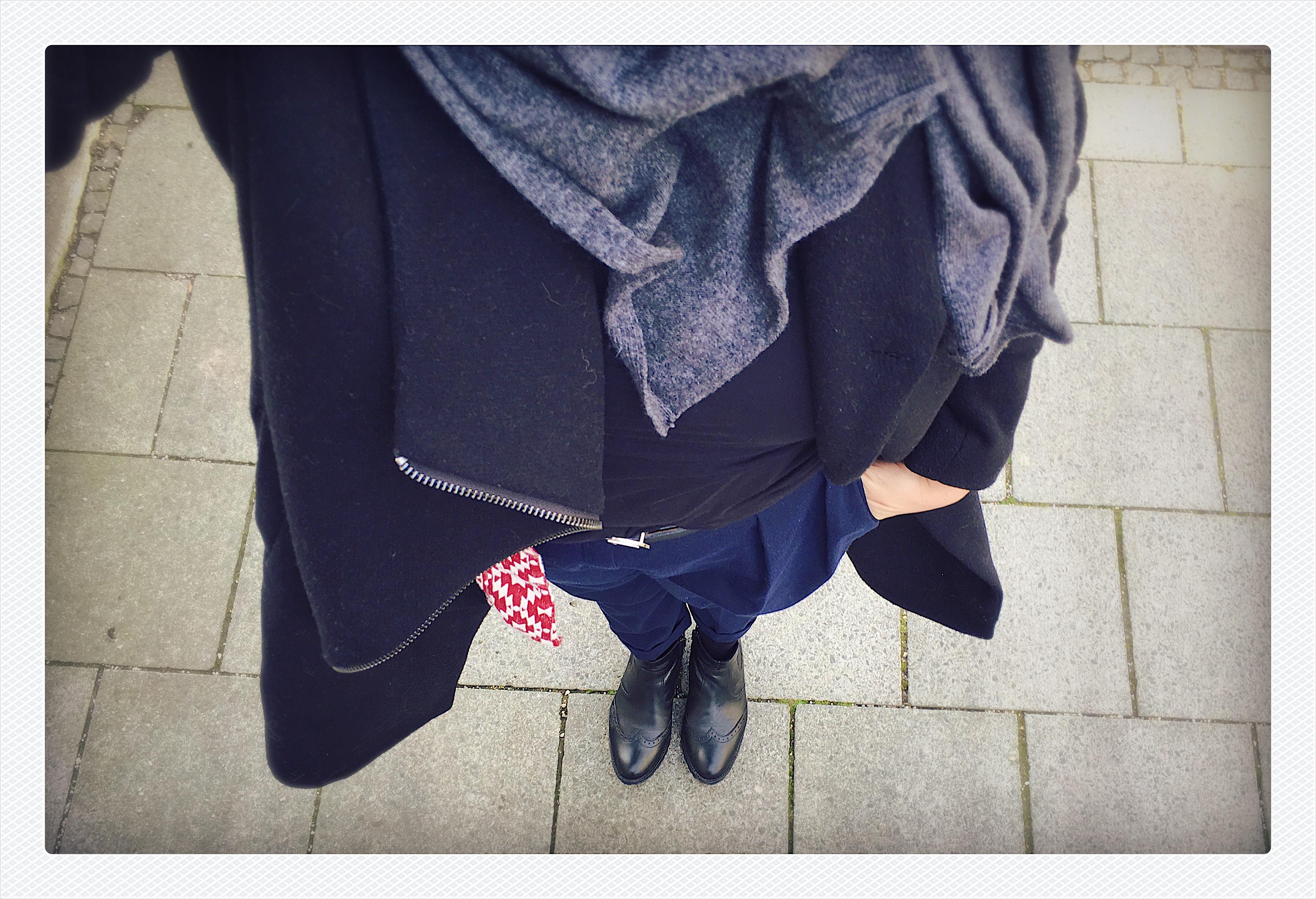 Die Vorzüge einer Uniform | Julie Fahrenheit