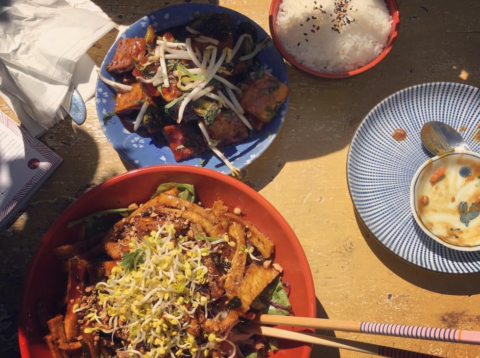 Lunch Date | Julie Fahrenheit